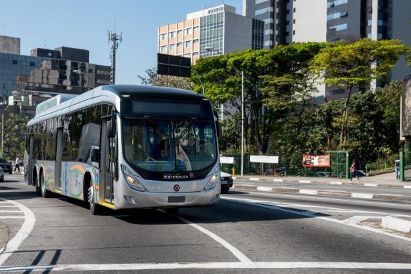 Primeiro ônibus movido a GNV biometano