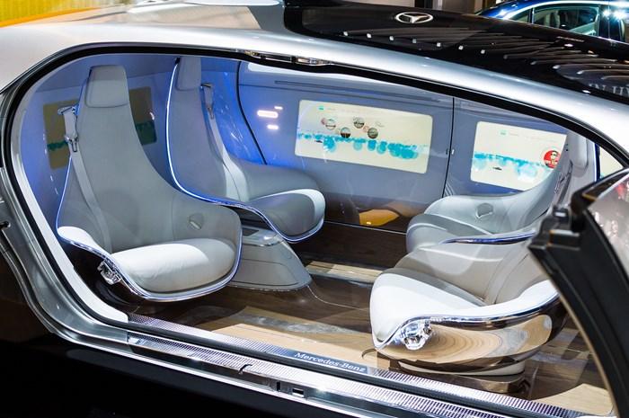 propagandas nos carros do futuro