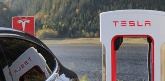 Tesla teve ganhos e perdas recordes durante primeiro trimestre do ano