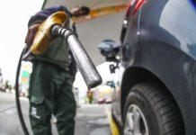 Governo zera Cide no diesel, mas protesto deve continuar
