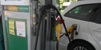 Etanol: maior queda no preço do biocombustível na semana passada foi em Goiás, de 2,56% (Marcos Santos/Agência USP)