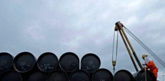 Opep não convence diante do risco de queda da produção de petróleo