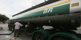 Petrobras elevará preço da gasolina em 1,16% a partir de sábado