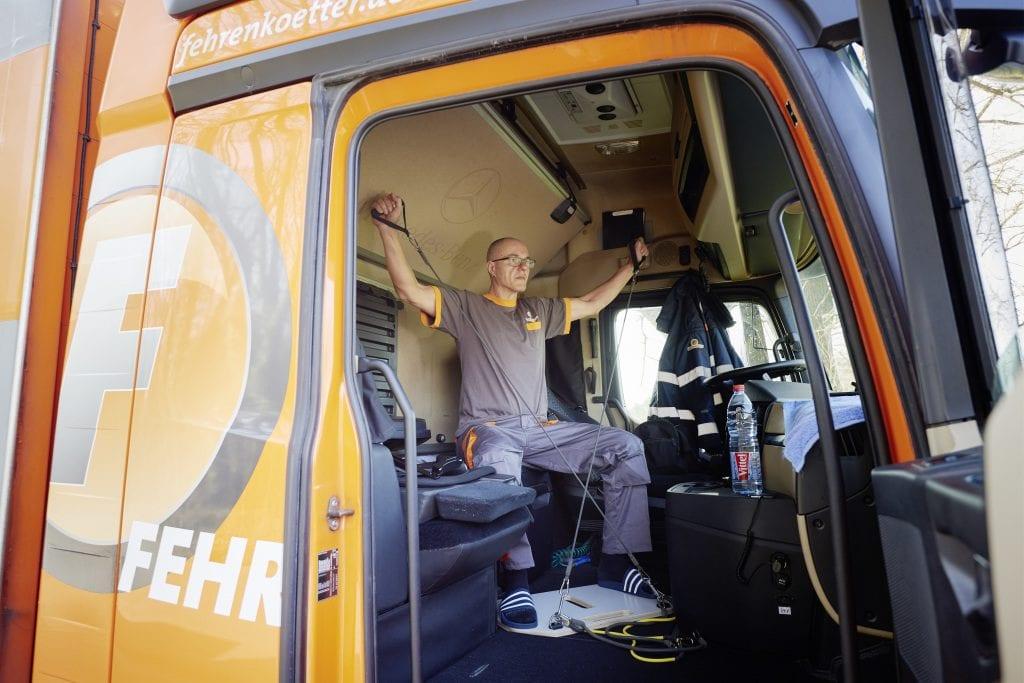 Caminhão: a cabine como sala de ginástica