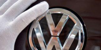 Queda de exportações faz Volkswagen dar férias coletivas a mil funcionários