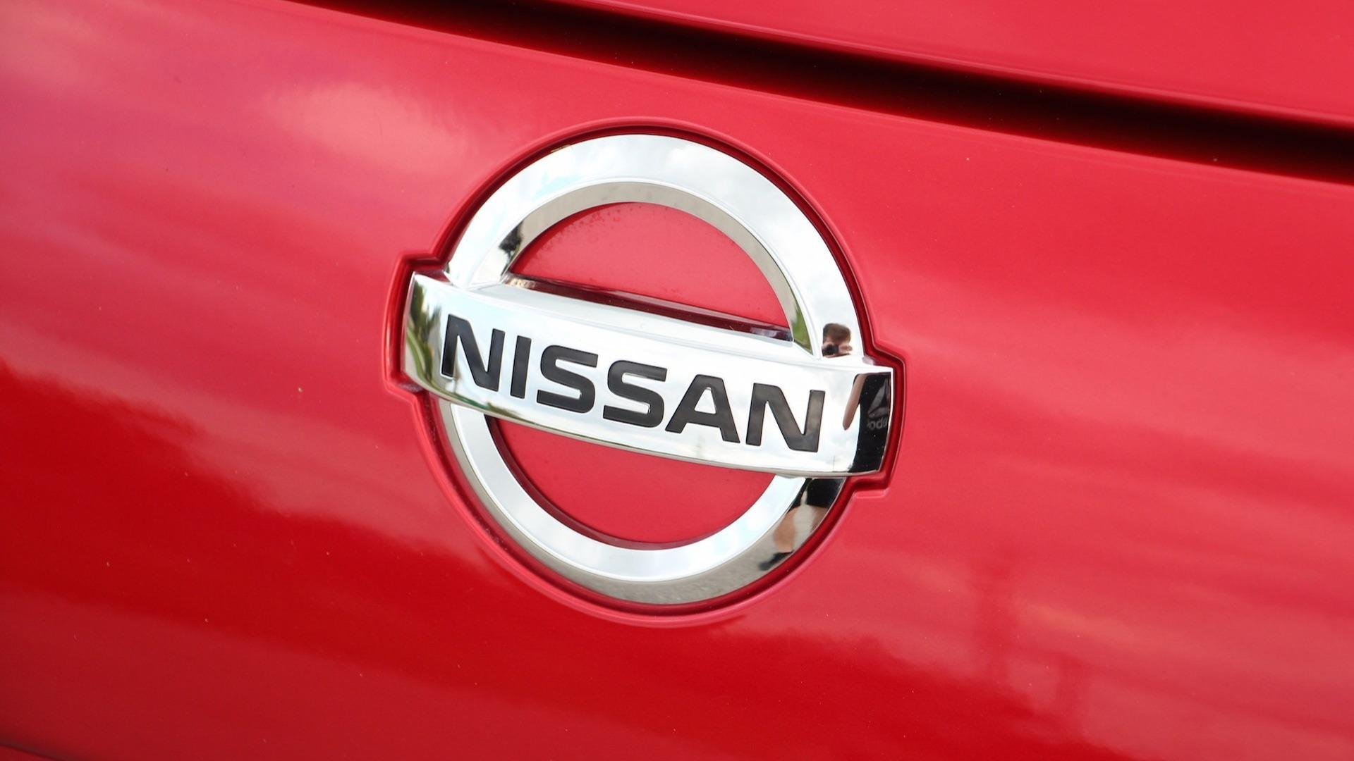 Nissan admite fraude em testes de emissões no Japão