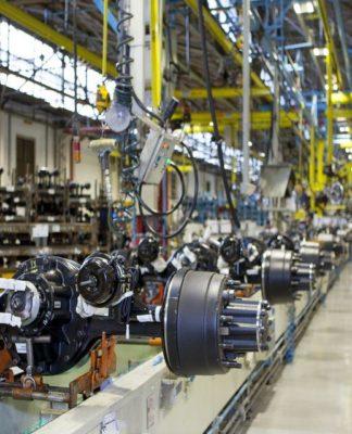 Indústria de autopeças reduz ritmo de crescimento