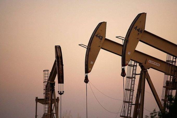 Irã diz que lutará para garantir fornecimento de petróleo à Índia