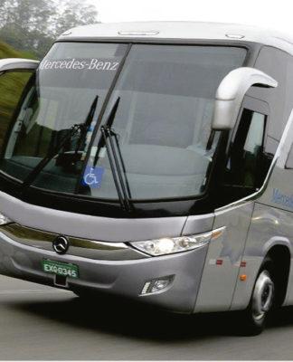 Mercedes-Benz traz piloto automático para ônibus rodoviário que previne colisões