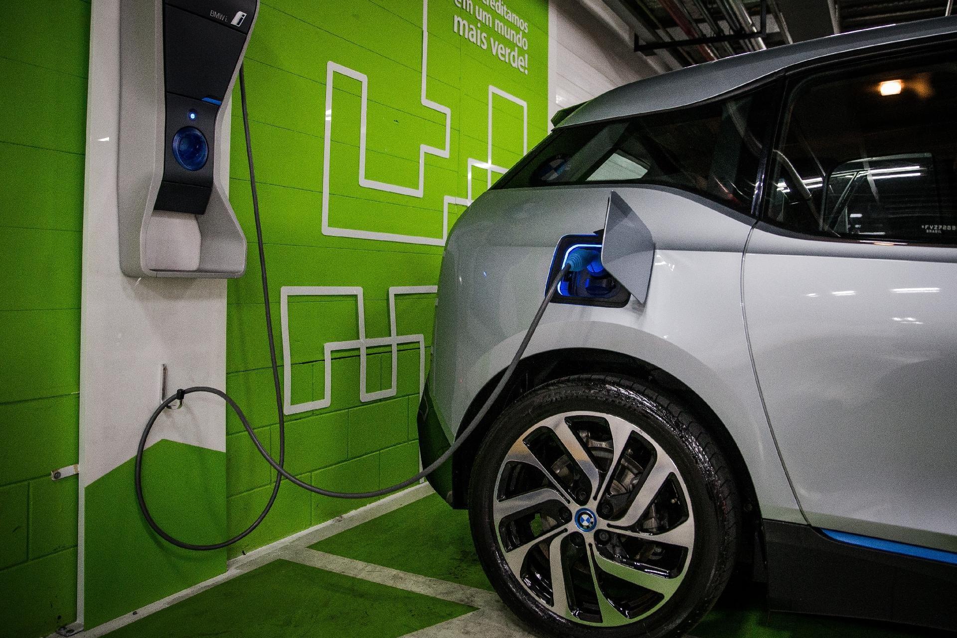 Carro elétrico cria corrida por cobalto, que vira alvo de investimentos no País