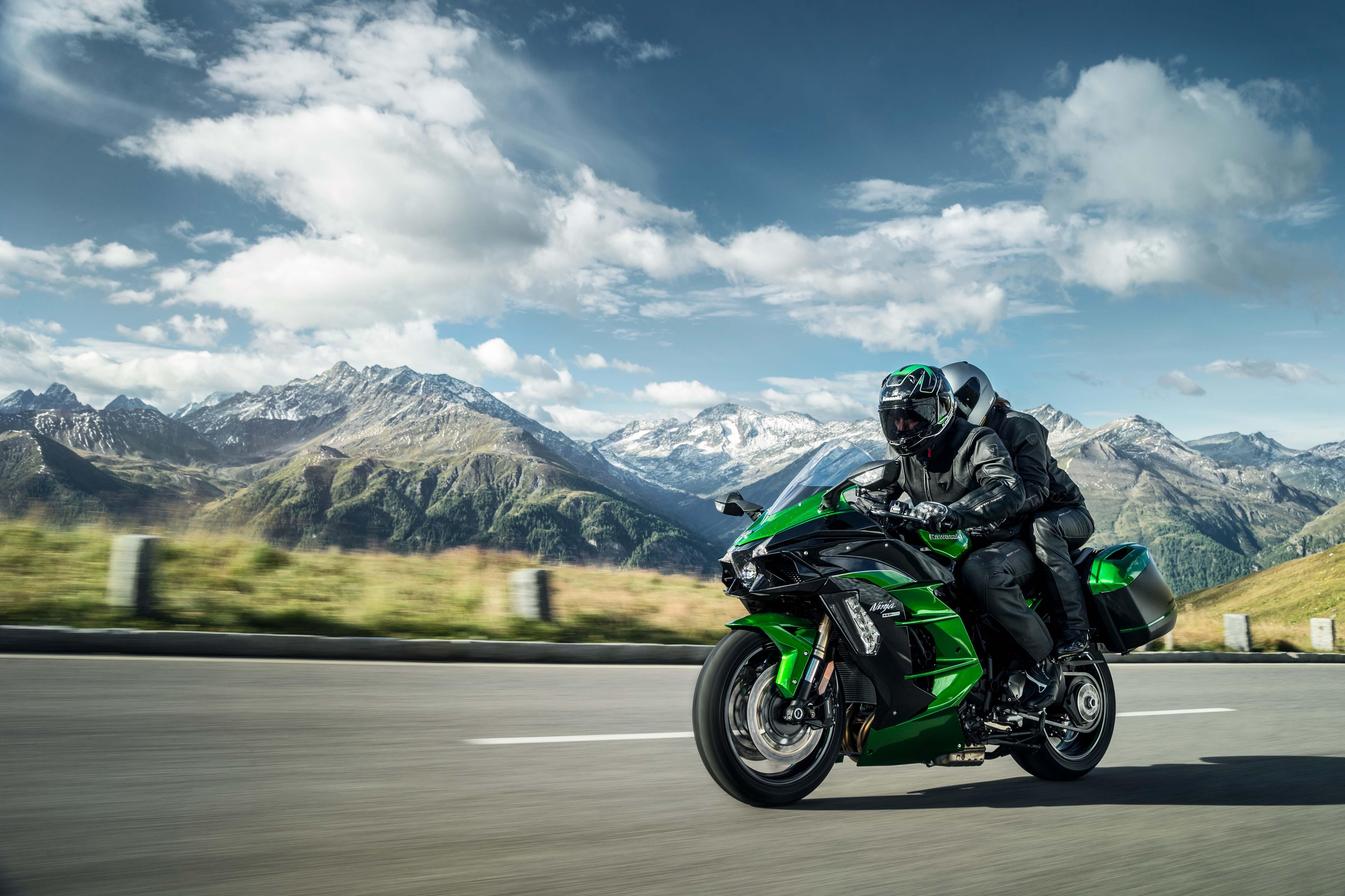 Lançamento: Supercharger chega à linha sport touring com Kawasaki Ninja H2 SX SE