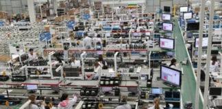 Indústria encolhe 2,5% no 2º trimestre