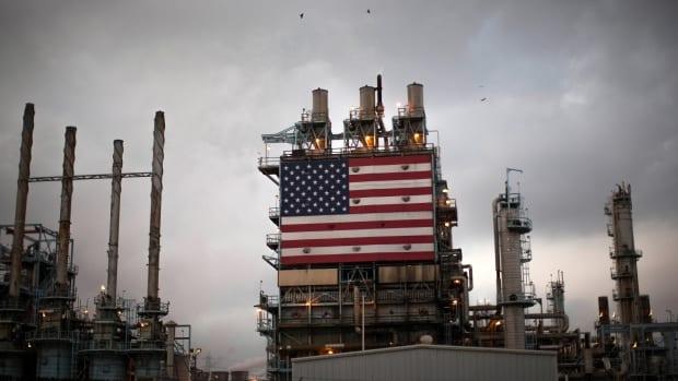Produção de petróleo dos EUA pode ter crescimento menor em 2018