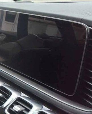 Mercedes GLE 2019 terá painel digital com tela gigante