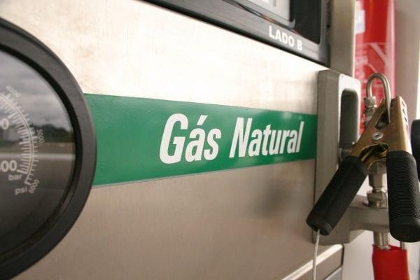 Preço do GNV sobe mais do que o da gasolina