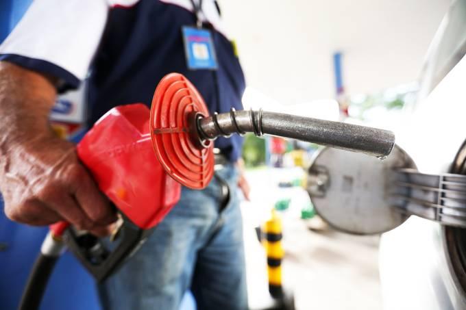 Gasolina estará mais cara a partir de quarta-feira