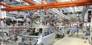 Comissão mista pode votar na terça medida provisória para setor automotivo