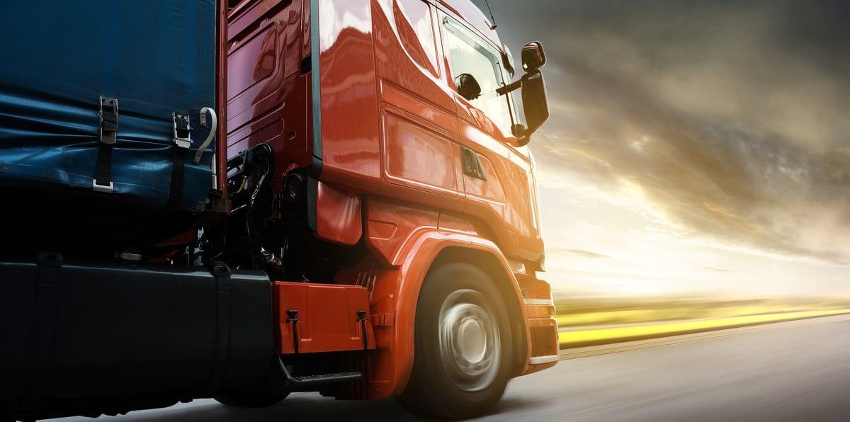 Caminhões mantêm ritmo