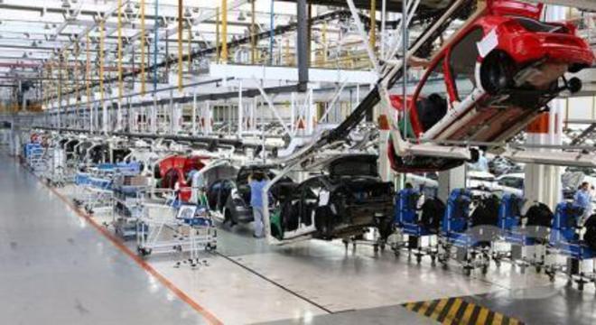 Crise argentina e Vale devem travar crescimento industrial