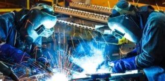 Indústria tem a menor fatia do PIB em mais de 70 anos
