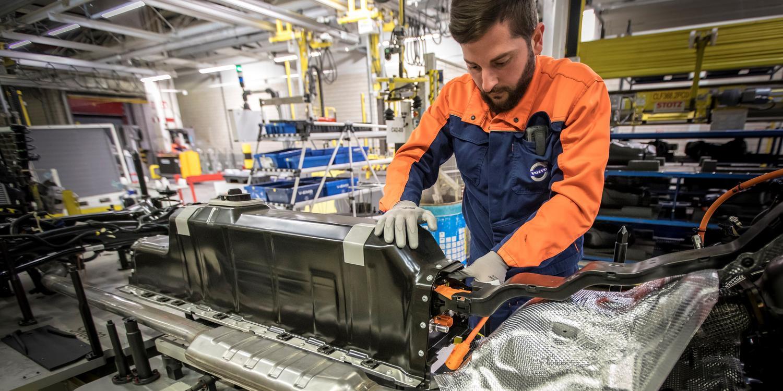 Volvo Cars anuncia acordo para fornecimento de baterias