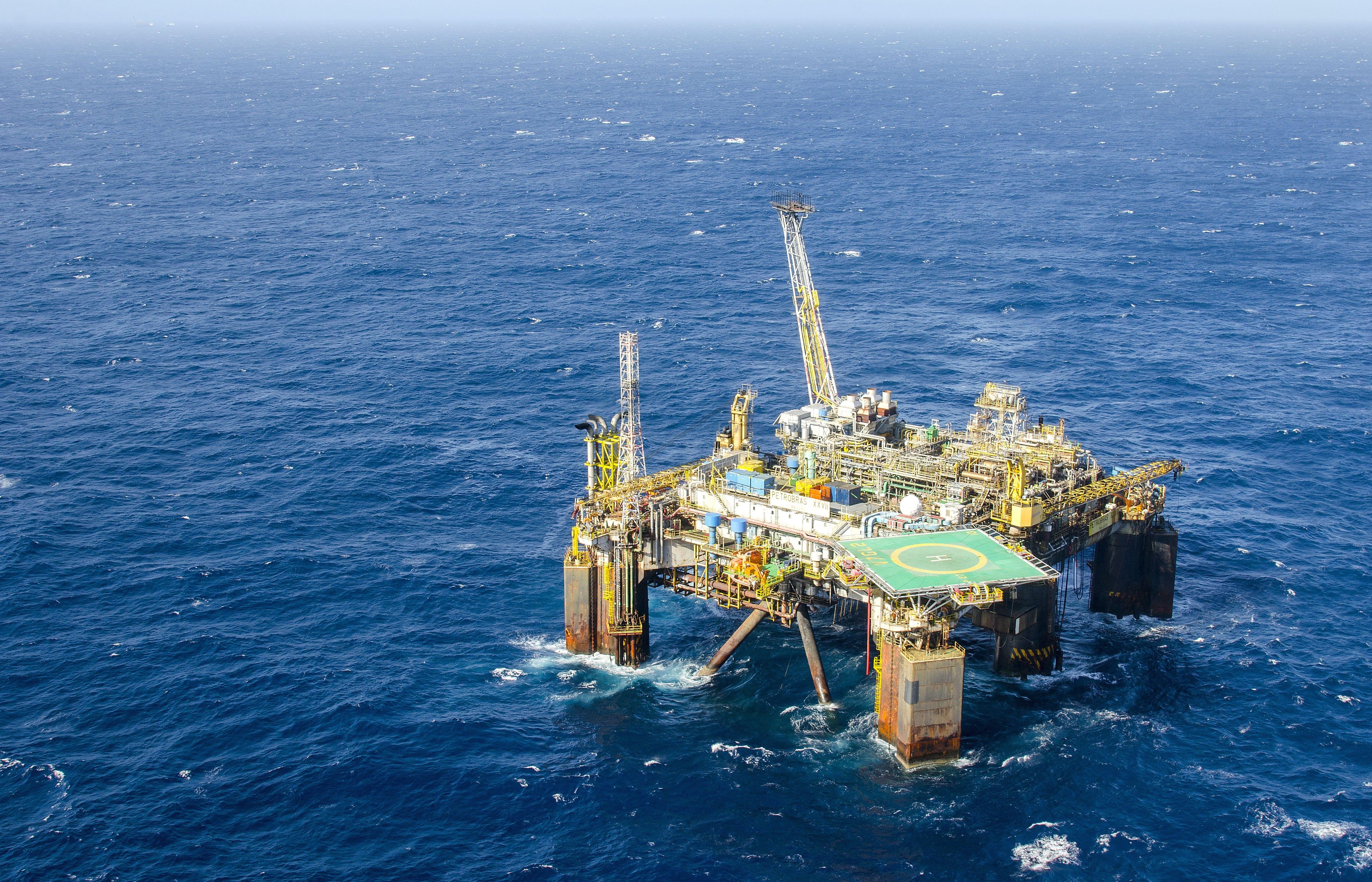 Derivados de petróleo e biocombustíveis