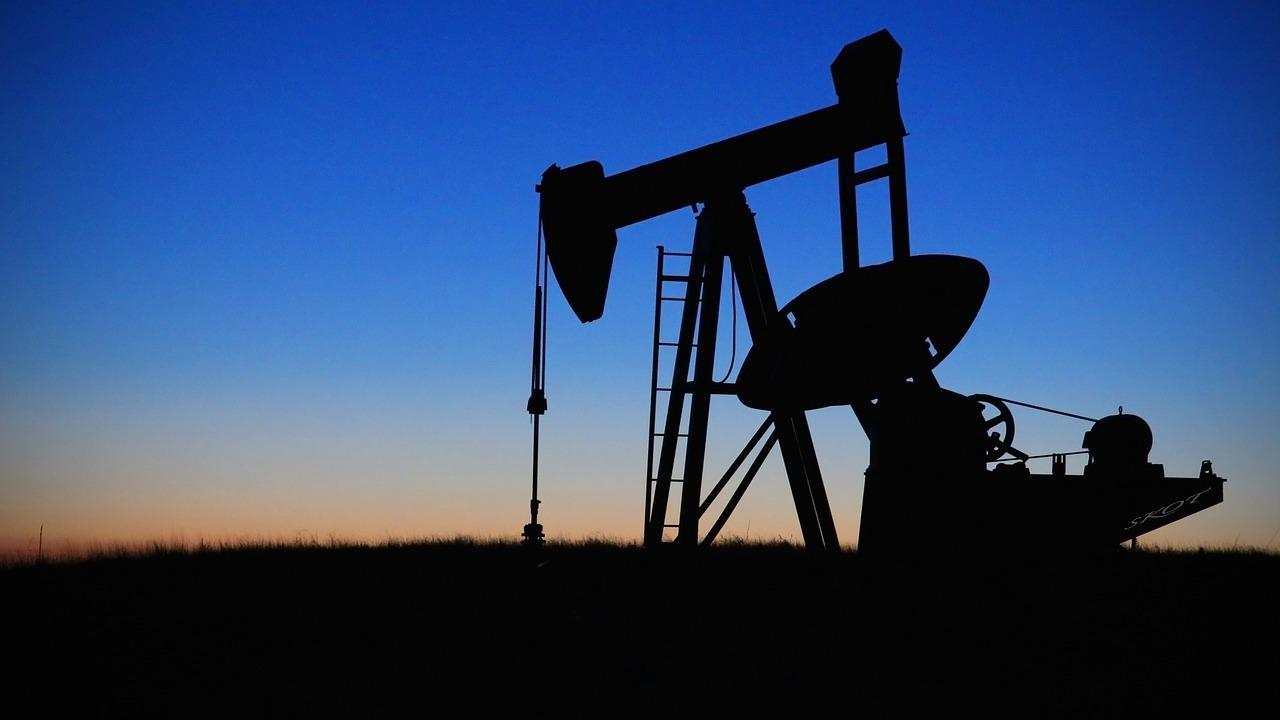 Preços de petróleo avançam