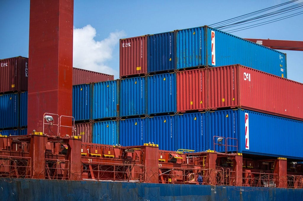 Venda de produtos brasileiros para Argentina recua quase 40%
