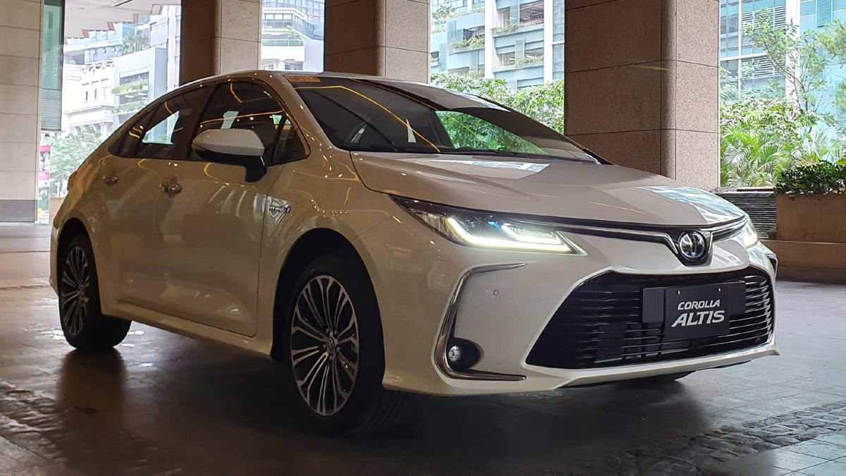 Toyota Corolla Altis Hybrid 2020