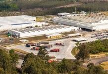 Volkswagen reabre fábricas paulistas