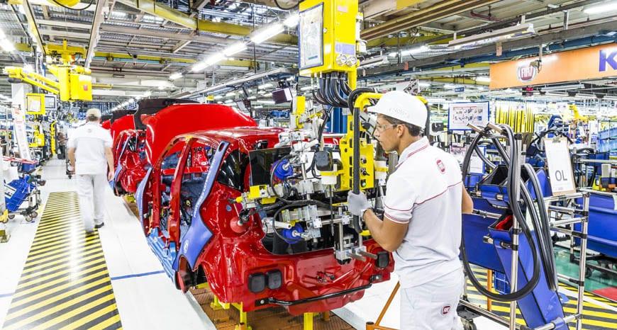 Aumento na produção de veículos