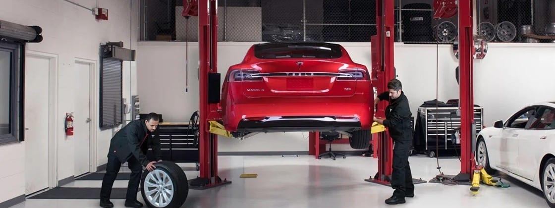 Tesla, ataques hacker a carros