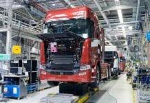 Produção de caminhões