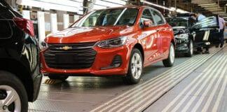 GM suspende produção em Gravataí