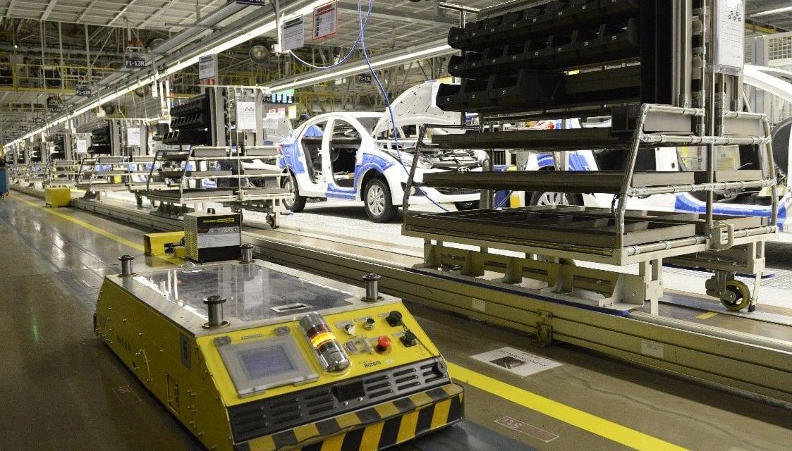 Montadoras produzem 788,7 mil veículos no quadrimestre