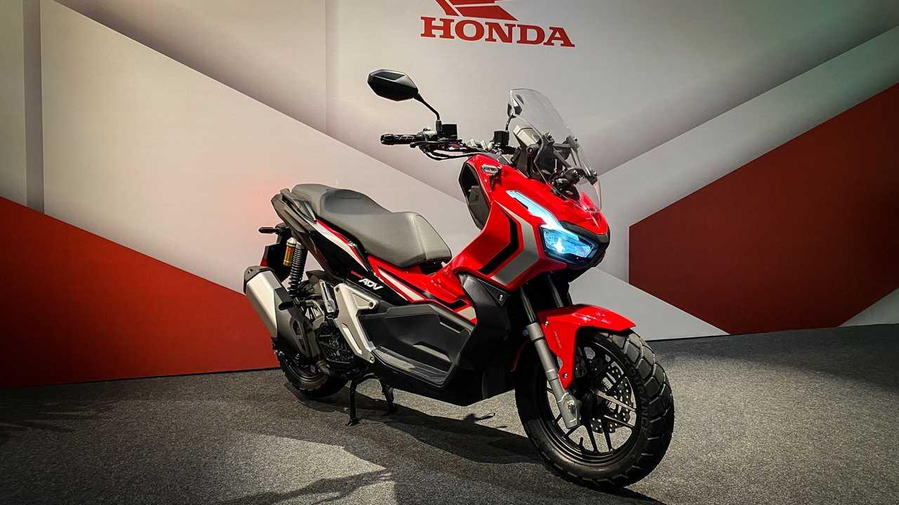 Honda ADV volta a se destacar entre scooters mais emplacados