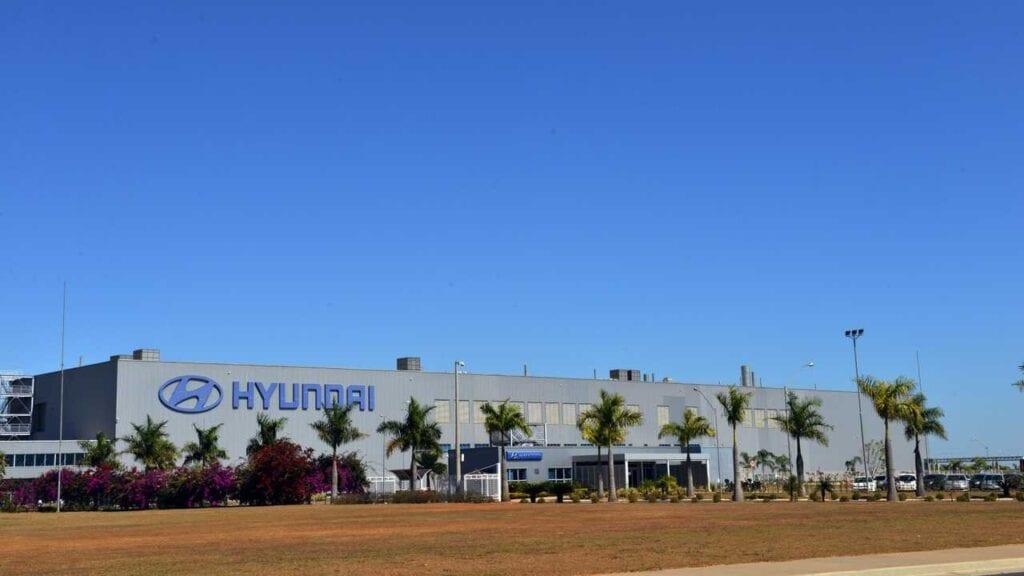 Hyundai paralisa produção